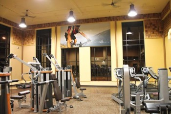 Large format canvas photo in a fitness center