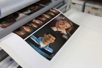 Laminating inkjet photographs