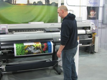 Inkjet printing graphics and signs