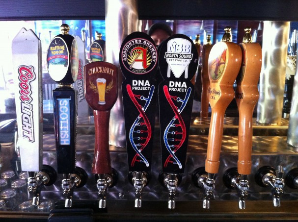 Decorating beer taps with inkjet printed graphics