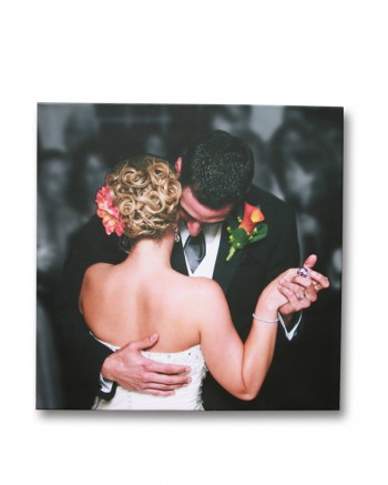 Printing wedding photos on canvas