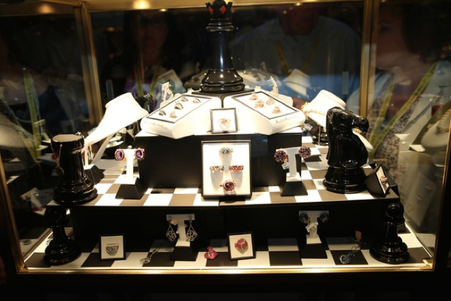Converting a plain display case into advertising art lexjet blog - Chess board display case ...