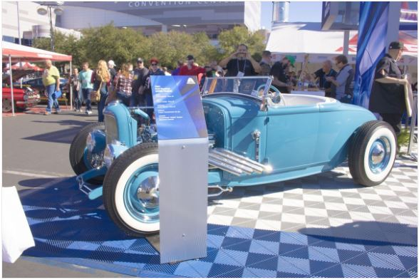 Illinois Company Revs Up Custom Car Show Signs LexJet Blog - Car show display signs